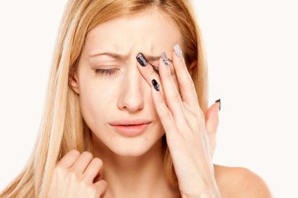 Невралгия тройничного нерва вызывается по большому ряду причин