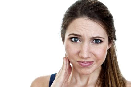 Головная и лицевая боль может быть следствием мышечно-фасциальной дисфункции