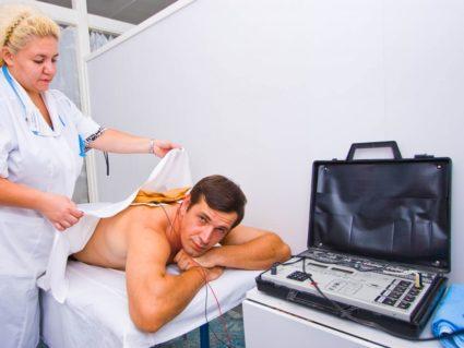Лечение консервативной методикой назначают при легких степенях заболевания