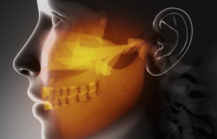При одном или нескольких признаках заболевания необходимо обратиться к стоматологу