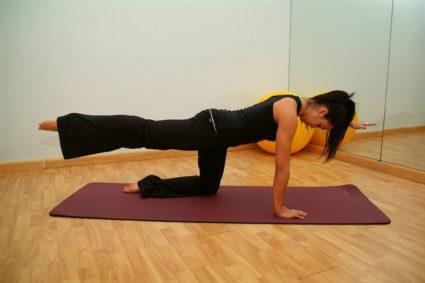 Выполняться гимнастика или массажные процедуры могут и в домашних условиях