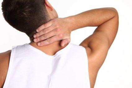 Скрипит шея при повороте головы лечение