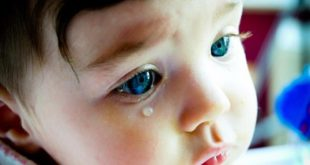 Когда ребенок болеет он становится грустным и сонным