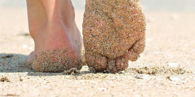 Хождение по песку как средство профилактики