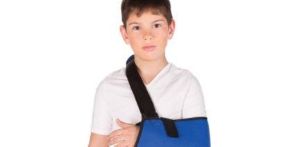 У детей чато диагностируют переломы из за слабости костей