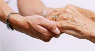 Пожилые люди нуждаются в поддержке