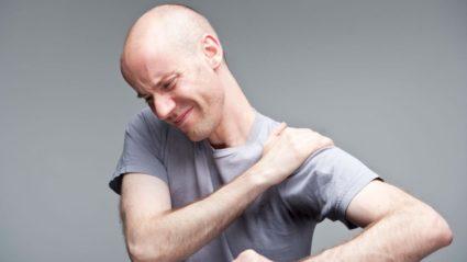 Сильная боль в обрасти плеча