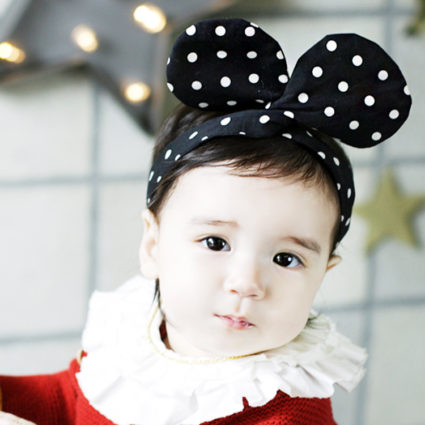Девочка с ушками мышки