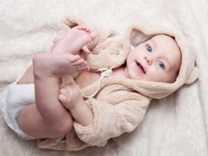 Малыш в пижаме