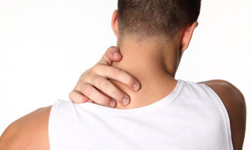 Болит в шее