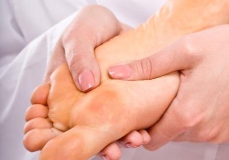 Боли в суставах ног причины и лечение. Почему болят суставы ног