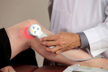 Волновое лечение колена